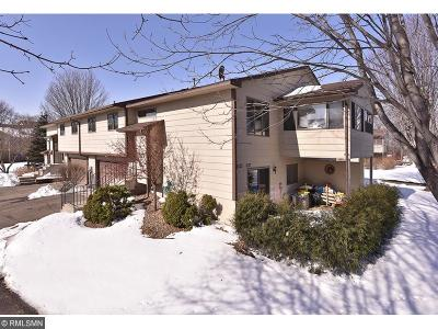 Northfield Condo/Townhouse Contingent: 1625 Pheasantwood Trail