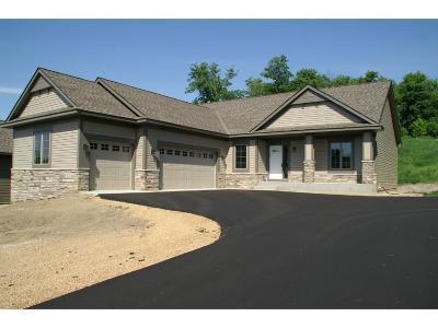 Chaska Condo/Townhouse For Sale: 300 Brickyard Drive