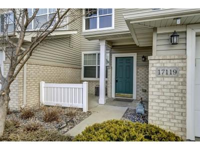 Lakeville Condo/Townhouse For Sale: 17119 Encina Path