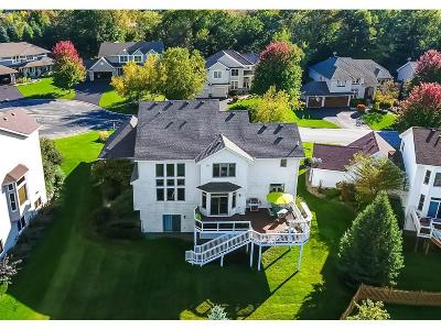 Eagan MN Single Family Home For Sale: $660,000