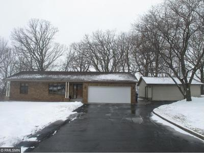 Single Family Home For Sale: 1905 W Highview Drive