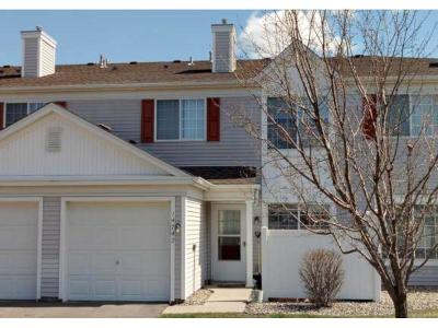 Apple Valley Condo/Townhouse For Sale: 14742 Excelsior Lane #22