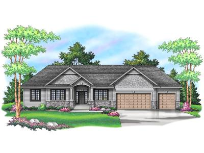 Minnetonka Single Family Home For Sale: 3631 Regal Oak