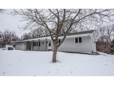 Burnsville Single Family Home For Sale: 1620 Raleigh Drive