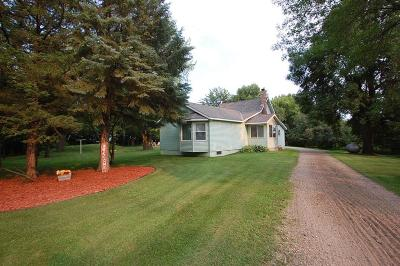 Meeker County Single Family Home For Sale: 71241 365th Street