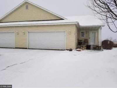 Sartell Condo/Townhouse Contingent: 1109 Mockingbird Loop