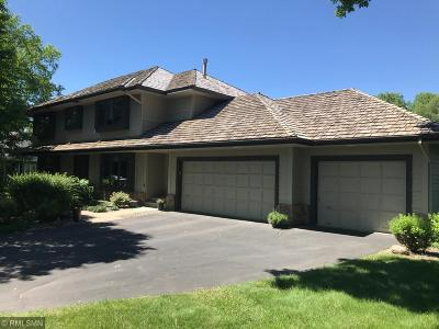 Shorewood Single Family Home For Sale: 5930 Sweetwater Circle