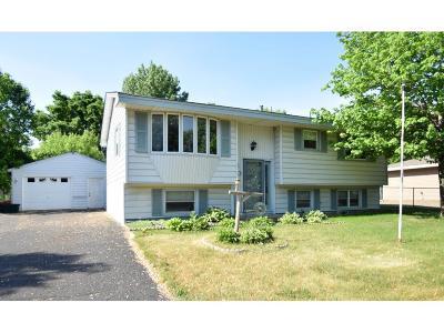 Anoka Single Family Home Contingent: 920 Oakview Lane