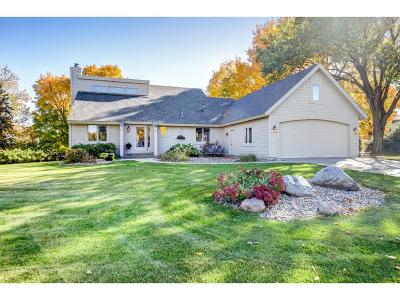 Prior Lake Single Family Home Contingent: 14969 Manitou Road NE
