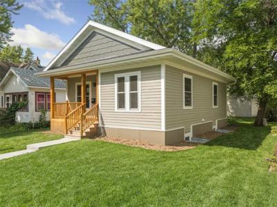 Saint Paul Single Family Home For Sale: 1115 McLean Ave