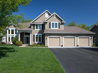 Chanhassen Single Family Home For Sale: 7348 Fawn Hill Road