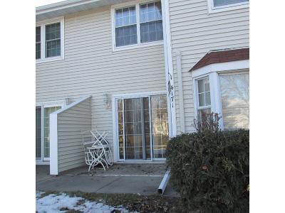 Columbia Heights Condo/Townhouse For Sale: 4171 Maureen Drive NE