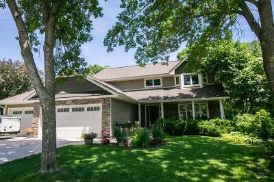 Shoreview Single Family Home For Sale: 3564 Tiffany Lane