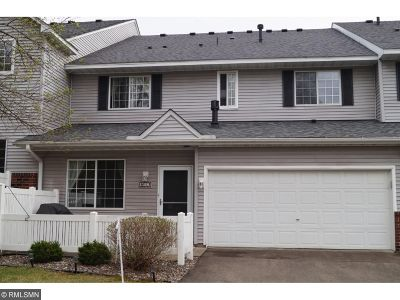 Plymouth Condo/Townhouse For Sale: 17205 49th Avenue N #G