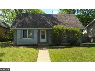 Delano Single Family Home For Sale: 313 3rd Street N