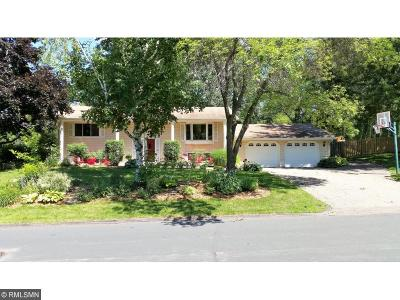 Eden Prairie Single Family Home For Sale: 7661 Heritage Road