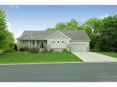 Shakopee Single Family Home For Sale: 830 Patterson Drive