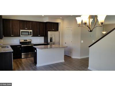 Victoria Condo/Townhouse For Sale: 7694 77th Way W