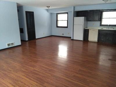 Blaine Single Family Home Contingent: 13010 Lexington Avenue
