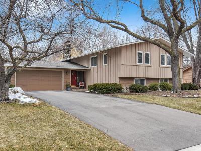 Edina Single Family Home For Sale: 5916 Sun Road