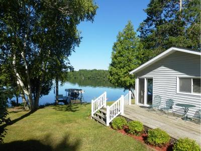 Itasca County Single Family Home For Sale: 30221 Arrowhead Road