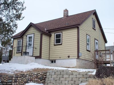 Itasca County Single Family Home For Sale: 103 SE 7th Street