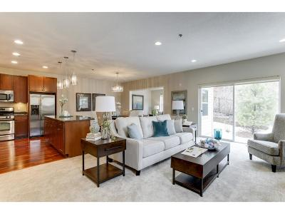 Deephaven Condo/Townhouse For Sale: 17700 Valley Cove Court