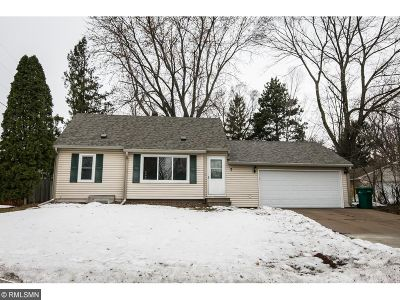 Circle Pines Single Family Home Contingent: 7 Pine Drive