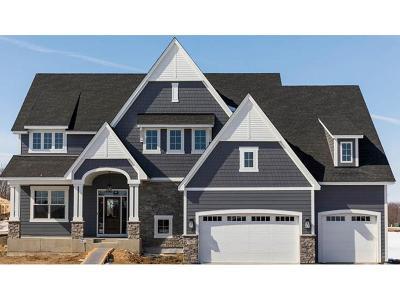 Maple Grove Single Family Home For Sale: 7567 Urbandale Lane N