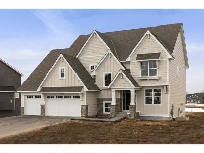 Maple Grove Single Family Home For Sale: 7535 Urbandale Lane N