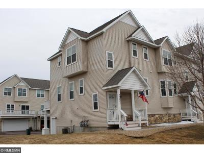 Hudson Condo/Townhouse For Sale: 2447 Foxglove Circle