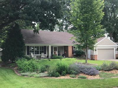 Edina Single Family Home For Sale: 6321 Ashcroft Lane