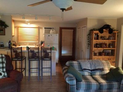 Breezy Point MN Condo/Townhouse Contingent: $159,900
