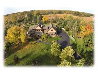 Minnetonka Single Family Home For Sale: 14852 Timberhill Road