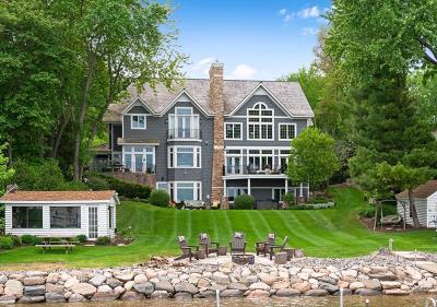 Tonka Bay Single Family Home For Sale: 85 Mound Avenue