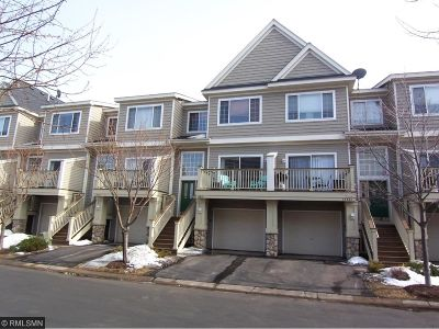 Wayzata, Plymouth Condo/Townhouse For Sale: 13859 54th Avenue N