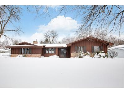 Bloomington MN Single Family Home Contingent: $315,000