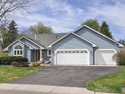 Maple Grove Single Family Home For Sale: 8389 Urbandale Lane N