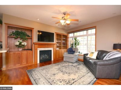 Apple Valley Condo/Townhouse For Sale: 14536 Florissant Path #4040