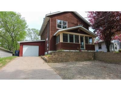 Chisago County, Isanti County, Pine County, Kanabec County Single Family Home For Sale: 616 Grand Avenue