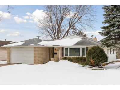 Single Family Home For Sale: 726 W 61st Street