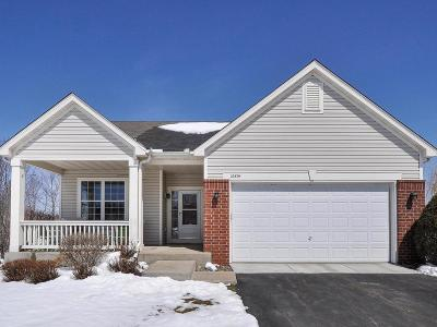 Maple Grove Condo/Townhouse For Sale: 16814 89th Place N