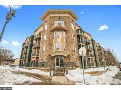 Minneapolis Condo/Townhouse For Sale: 2600 University Avenue SE #320