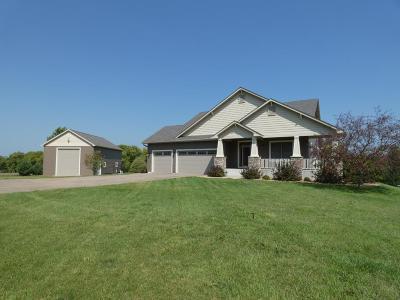 Hudson Single Family Home For Sale: 826 Hillside Trail