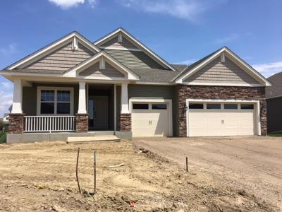 Anoka County, Carver County, Chisago County, Dakota County, Hennepin County, Ramsey County, Sherburne County, Washington County, Wright County Single Family Home For Sale: 7182 Mackenzie Avenue NE