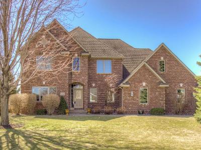 Northfield Single Family Home For Sale: 1511 Goldenrod Court