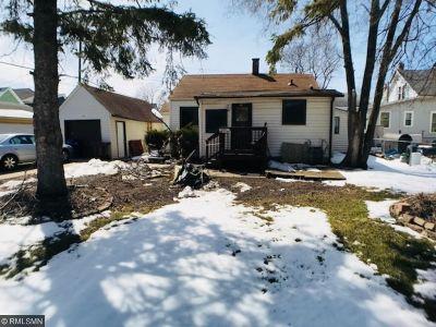 Minneapolis, Saint Paul Single Family Home For Sale: 621 Victoria Street N