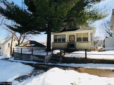 Minneapolis, Saint Paul Single Family Home For Sale: 136 Lawson Avenue E