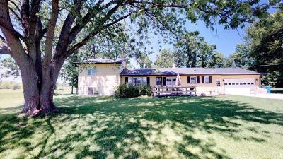 Cambridge Single Family Home For Sale: 29852 Tucker Street NE