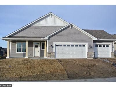 Delano Single Family Home For Sale: 841 Savanna Trail